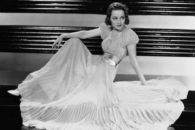 16 Tips Inspired by The Old Hollywood Glamour - Pearls Only