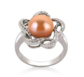 Rosafarbener Perlenring