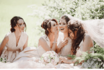 bride with bridesmaids picture