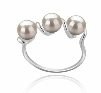 c55b059fe You can further enhance the beauty of such a piece of jewelry by teaming it  up with a beautiful pair of white pearl stud earrings.