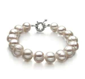 single white pearl bracelet