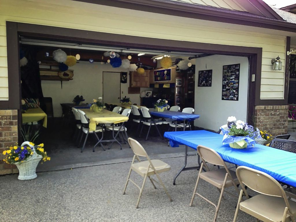 Graduation Party Ideas Garage Party Pear Tree Blog