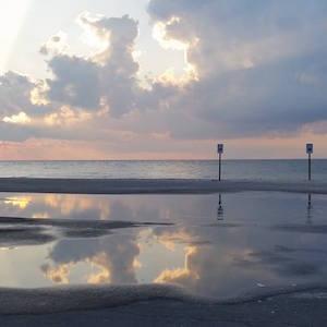 Sept. 7, LI Sound, Town Beach, Greenport, 6:40 p.m.