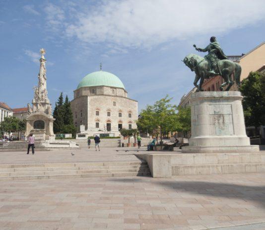 Szechenyi Square Pecs