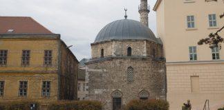 Džamija paše Jakoválija Hasszána
