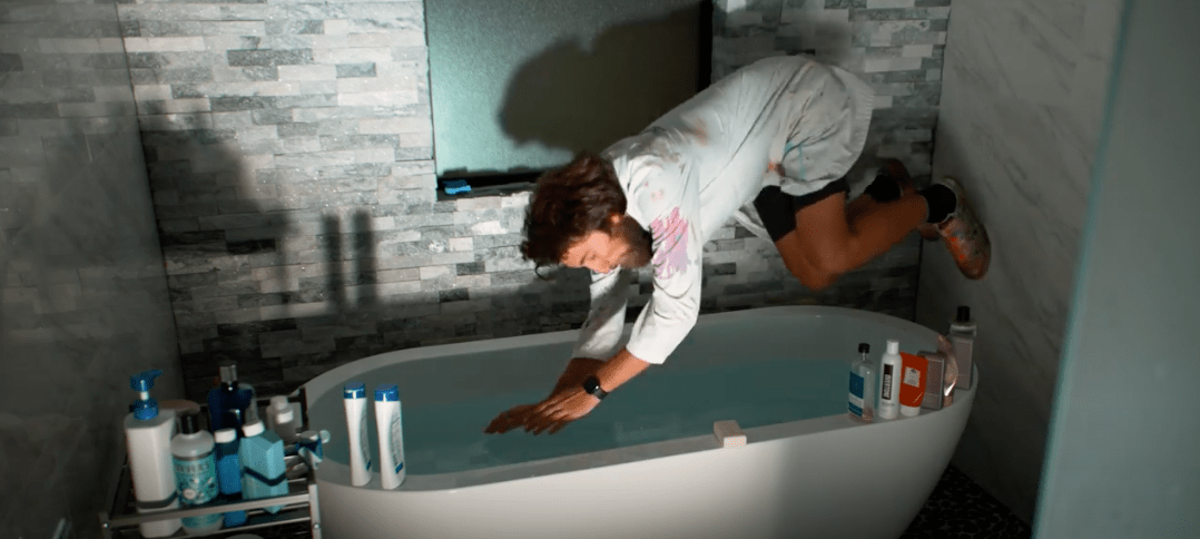 apple watch eject water slow-mo