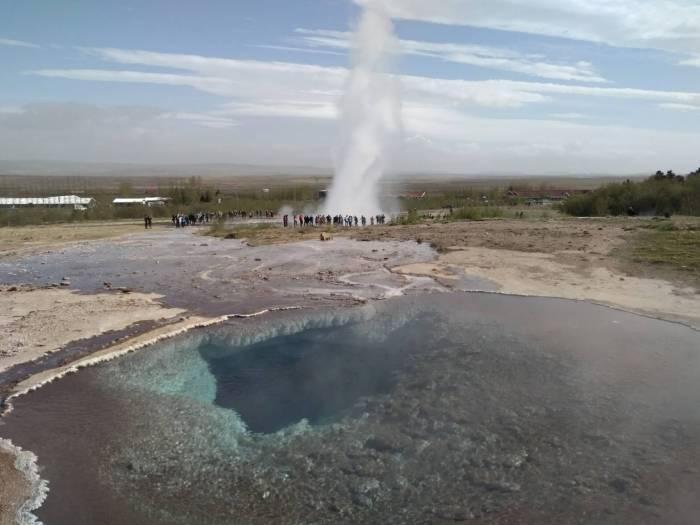 7 días por Islandia strokkur