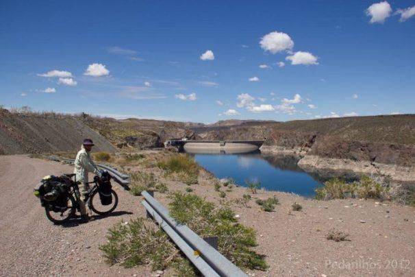 Represa Água del Toro, depois daí a estrada fica hardcore.
