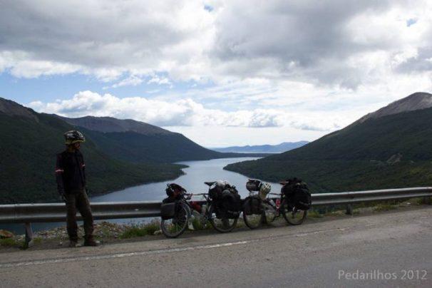 Lago Escondido e ao fundo lago Fagnano