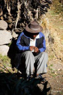 Um campesino que nos acolheu em seu quintal na saída de Ayacucho