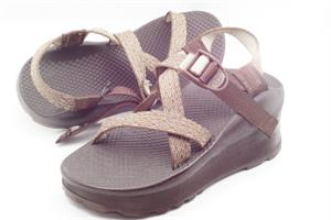 Platform Lift for Sandals to correct leg length discrepancy