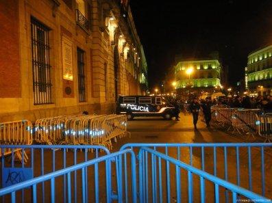 donde esta la policia en sol madrid - Reflexiones con soluciones a la crisis...