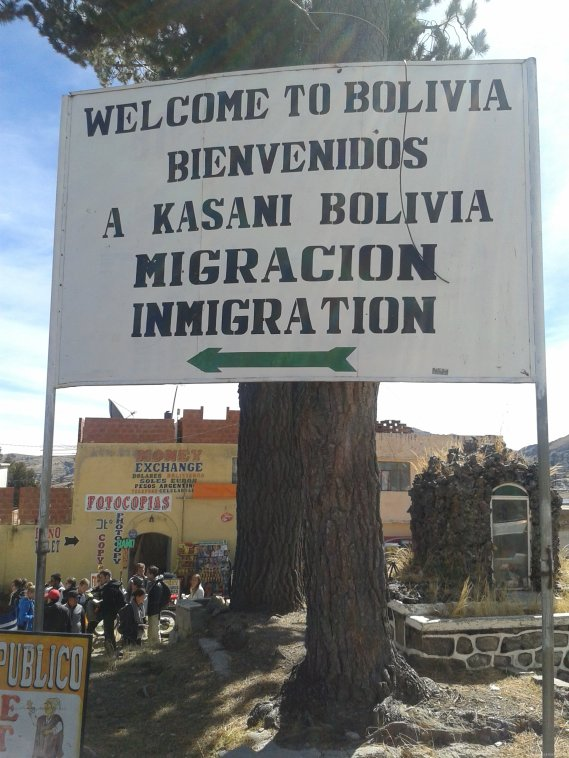 BOLIVIA Frontera KASANI