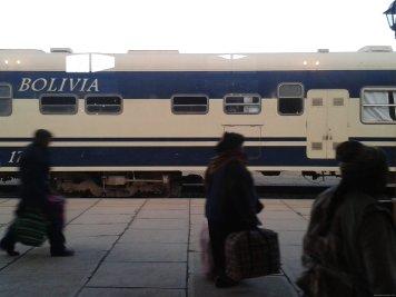 BOLIVIA-Tren a Oruro