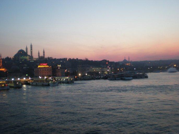 TURQUIA Estambul Atardedecer Bosforo