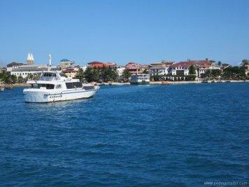 TANZANIA Ferry Stonetown resize