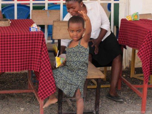 Una foto de una niña de Tanzania