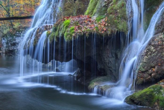 cascada-Romania