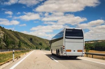 5 Motive sa calatoresti cu autocarul