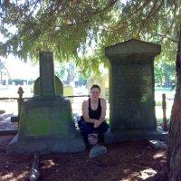 Deans Grave