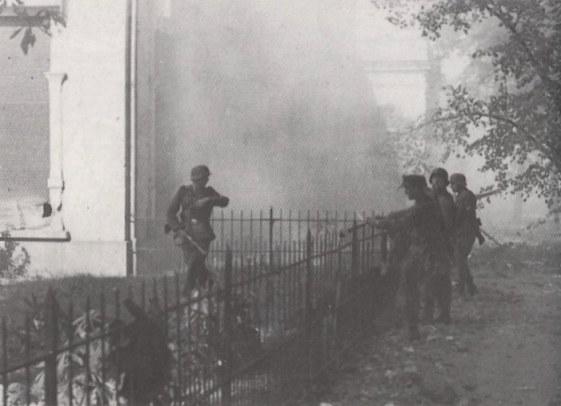 German troops in action at Arnhem