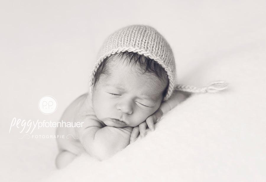 Zauberhafte Neugeborenenfotos Bamberg  Fotograf Bamberg