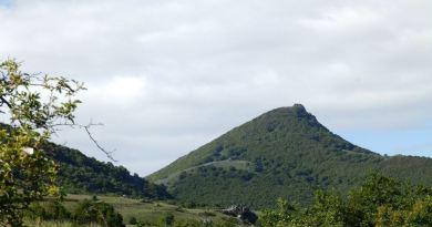 Врвот Висока доминира со Пелагонија и Мариово