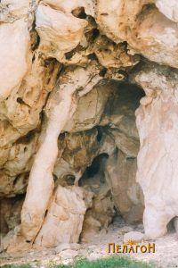 Од амбиентот во околината на пештерите