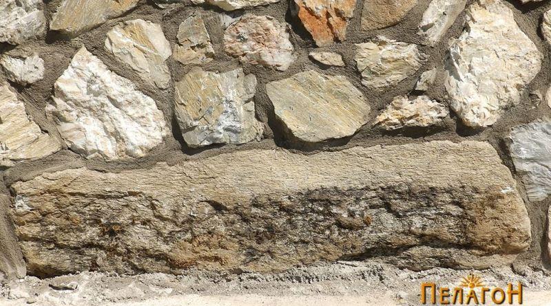 Голем блок од камен