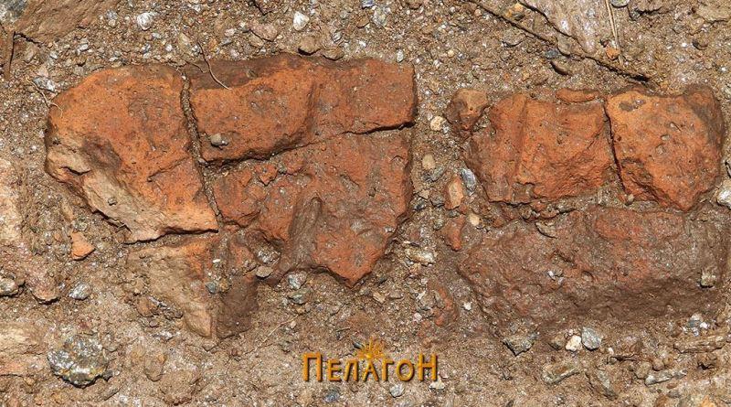 Печен куќен лепеж - остаток од стара градба