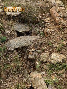 Еден од гробовите од типот циста