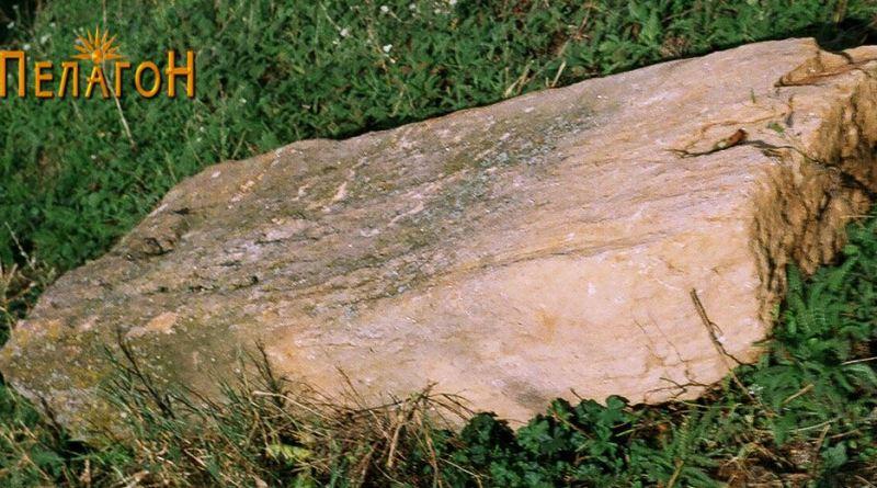 Обработен блок од камен