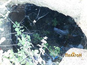 Гробница бр. 2 - комората со отпад