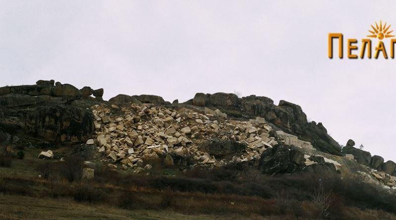 """Локалитетот """"Ридот"""" од источната страна"""