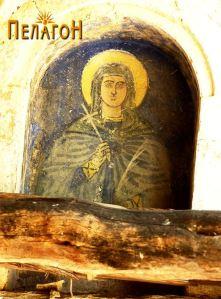 Св. Петака над јужниот влез, од надворешната страна