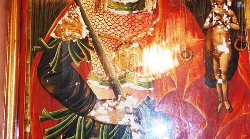 Икона со св. Архангел Михаил