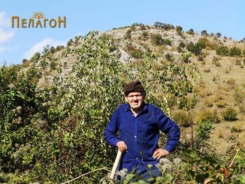 Еден од последните жители на селото - осумдесетидеветгодишниот Крсте