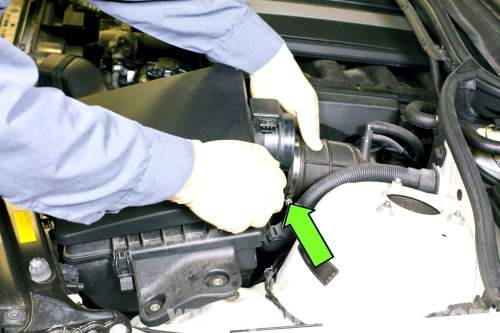 small resolution of pelican technical article bmw tech article 2006 bmw 325i fuse box diagram 2004 bmw 325i expansion