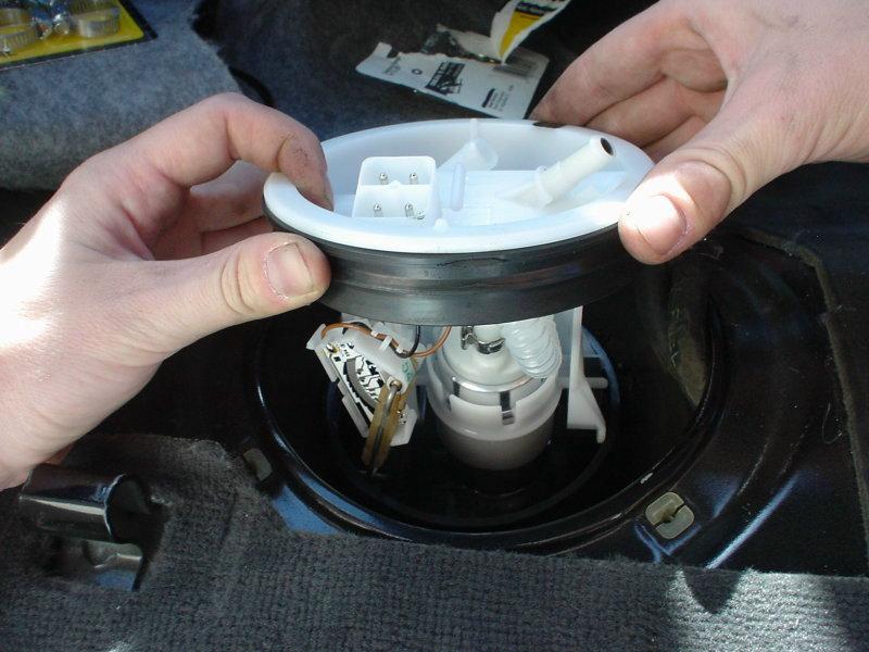 2008 Dodge Durango Fuse Box Pelican Technical Article Bmw 3 Series E36 Fuel Pump