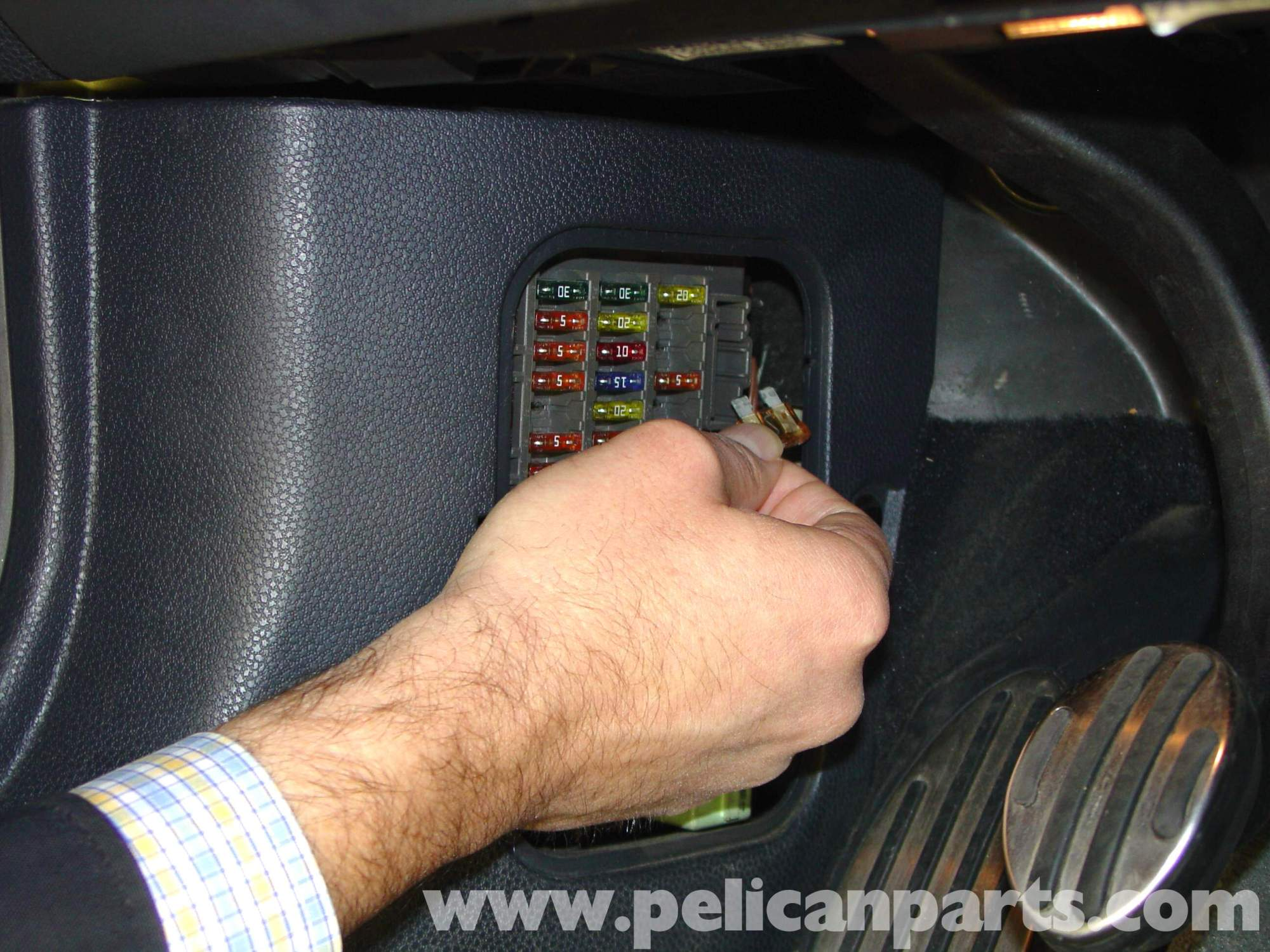 hight resolution of  pic03 pelican technical article installing performance software r50 2013 mini cooper fuse box location at cita