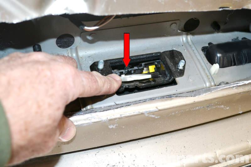 2006 C230 Fuse Box Mercedes Benz W203 Locked Trunk Access 2001 2007 C230