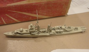 Terry K does this unknown US Destroyer in 1:700.