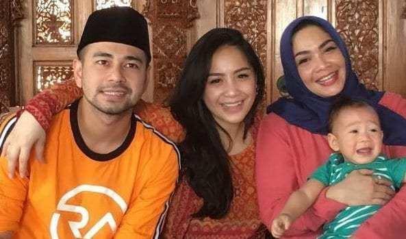 Ibunda Nagita Slavina Jatuh Sakit Disinyalir Karena Isu Perselingkuhan Raffi Ahmad