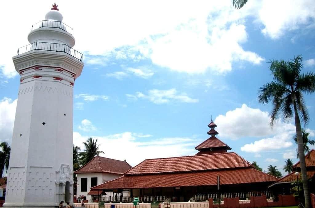 Napak Tilas Sejarah Masjid Agung Banten - Pelita Banten