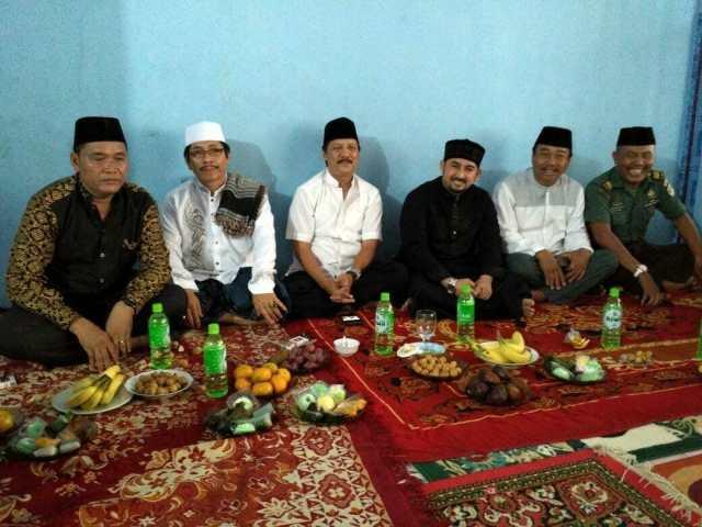 Ustadz Ahmad Al Habsyi Meriahkan Maulid Nabi Muhammad SAW di Kampung Keroncong