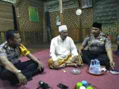 Beredar Isu Tokoh Agama Diserang, Kapolsek Karawaci Jalin Silaturahmi ke Pondok Pesantren