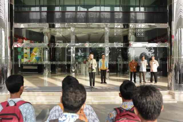 Walikota Tangsel Lepas Ratusan Peserta Laseda