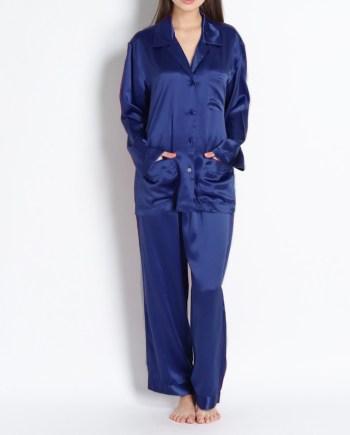 Pigiama lungo in raso di seta giacca con bottoni blu