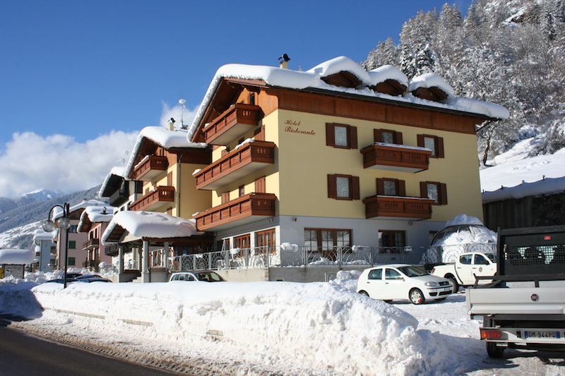 Hotel Pezzotti pellizzano inverno