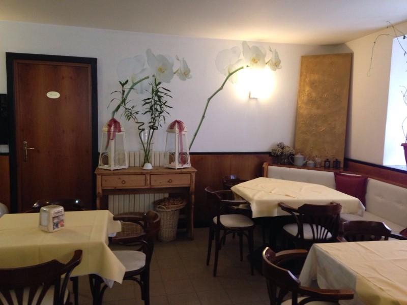 bar-centrale-pellizzano-interno